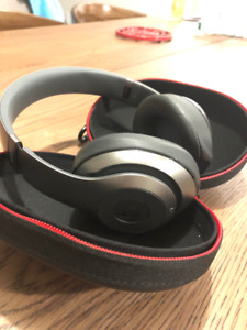 Beats by Dre Studio Wireless/Grey like new