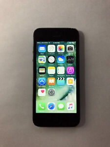 FACTORY UNLOCKED Black 64GB iPhone 5 (A- Condition)