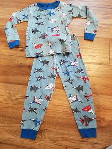 HATLEY Boys sz 4 Pajamas 'Fighter Jets'