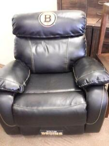 *** USED *** PRIMO BOSTON BRUINS CHAIR   S/N:51223149   #STORE539
