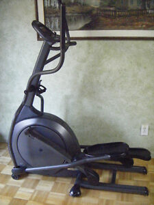VISION  FITNESS 6100X  ELLIPTICAL  FOR  SALE
