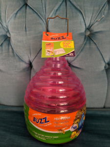 Brand New Buzz Re-usable Wasp Trap