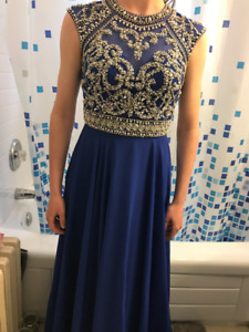 Prom Dress for Sale!! very pretty Royal blue!