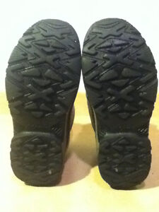 Youth Columbia Bugaboot Winter Boots Size 7 London Ontario image 4