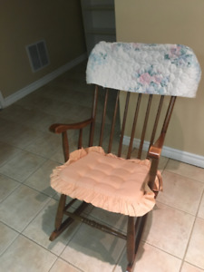 Rocking Chair and Miscellaneous household items for $10