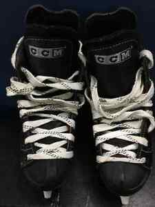 $25.00 - Youth Skates Size 1 - Mint Condition Kitchener / Waterloo Kitchener Area image 1