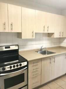 Lake Street St. Catharine's 2 Bedroom Available Now