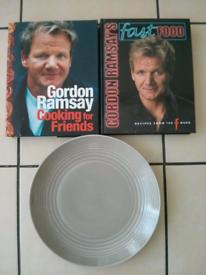 ROYAL DOULTON GORDON RAMSEY MAZE DINNER PLATE & BOOKS