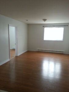 1 Bedroom Apartment for Rent, Humber Heights Area