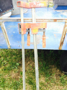 Pair of Bessy bar clamps