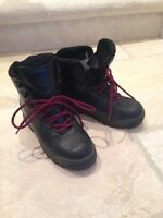 Hiking Boots, Garmont women's size 7.5, fits large