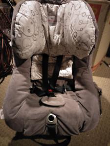 Safe-n-Sound Meridian AHR child seat