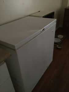 Chest Freezer ! Asking $100