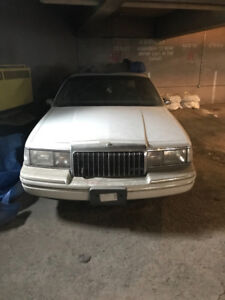 1993 Lincoln Town Car Executive Other