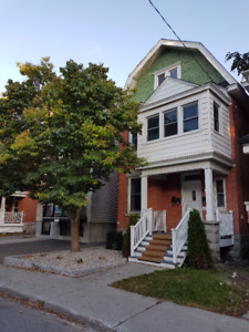 Spacious downtown 3 BR approximately 950 SF