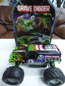 Traxxas 1/16 Grave Digger 4x4 - BNIB - Includes LED Light Kit
