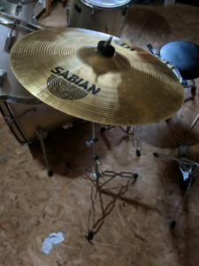 "16"" Sabian Crash & stand"