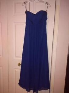 2 Robes de demoiselle d'honneur bleu royale