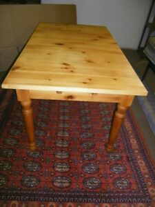 Solid Pine Harvest Table + 2 extra leaves