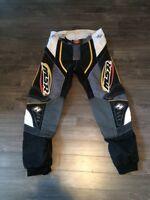 Pantalons MSR