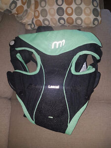 Baby Carrier like new - Lascal M1