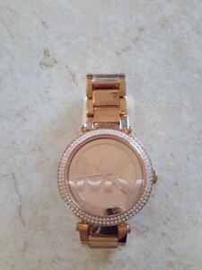 *** USED ***  MICHAEL KORS LADIES WATCH   S/N:51212455   #STORE548