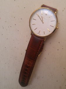 Women's leather watch