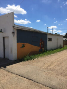 Multi-use Shop for Sale in Ponteix