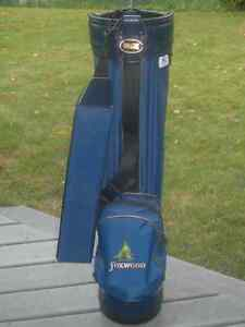 Golf Bag, rarely used. Pro Model Blue