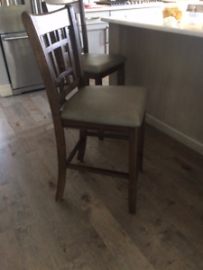 Counter top height chair from the Brick still in box
