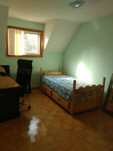2 Bedrooms for rent to  oriental male students