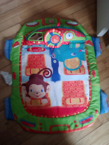 BrightStarts Tummy time mat with attachment and ball