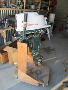 1961 10-16 hp johnson outboard