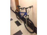 Specialized Rockhopper 17 inch frame, 27 speed Deore lx