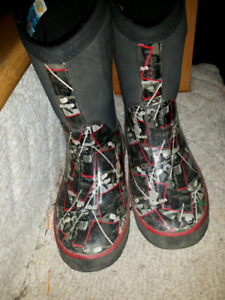 """Storm"" Winer boots by cougar size 12"