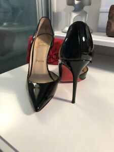 BARELY WORN CHRISTIAN LOUBOUTIN PUMPS - PIGALLE STYLE, SIZE 36.5