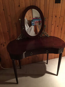 Bombay Company Dressing Table with Mirror and Brass Details