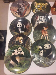 COLLECTIBLE ANIMAL'S  PLATES BY WILL NELSON  FOR SALE