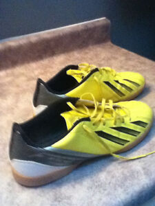 ADIDAS INDOOR SOCCER SHOES !!