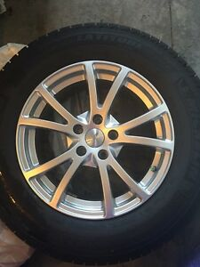 Toyota Venza Snow tires on rim, barely used for one season