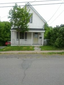 2 Bedroom House For Rent - Northend New Glasgow