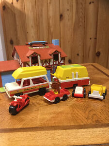 Vintage Collectible Toys, Games, and Figurines