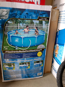 10 ft above ground pool, excellent condition
