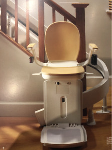ACORN curved 180 stair lift, 15 steps, paid $12000 originally