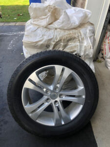 255/55/18 Acura MDX OEM Mags With Michelin Latitude Winter Tires