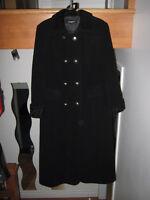 Manteau d'hiver en laine noire