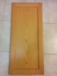 Kitchen Cabinets Door Replacement, Mint Condition, 24 peices