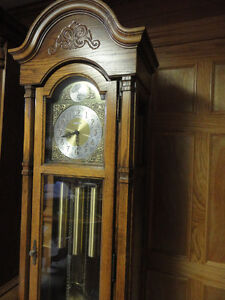 HOWARD MILLER Grandfather Clock 37 years old