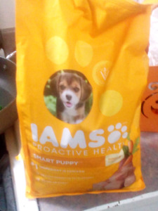 Puppy food unopened / dishes/leash/collar/ puppy pads
