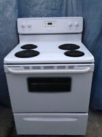 """FREE Delivery 30"""" White Coil top  Stove in Mint Condition,new"""